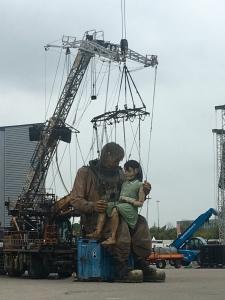 De Duiker en het Kleine Reuze Meisje